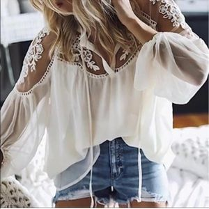 MAKE OFFER‼️Boho Laced Sleeved Blouse S/M and M/L
